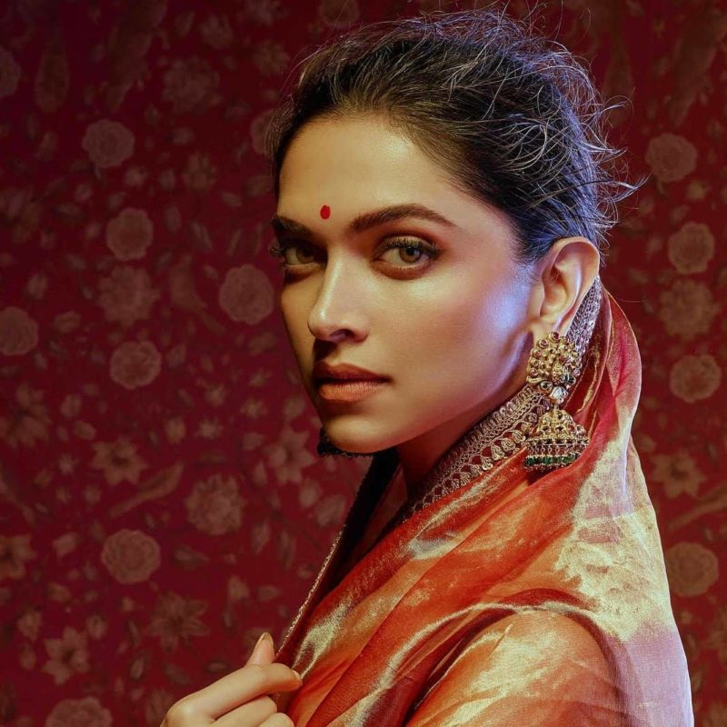 Elegant Photos of Deepika Padukone